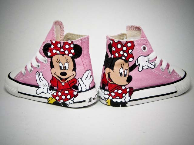 769876f2c08b Minnie Mouse Chucks – E.CREASHUNZ